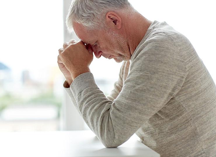 Alzheimer's Stages - Mild Cognitive Impairment - Trouble using a computer